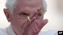 教宗主持彌撒。