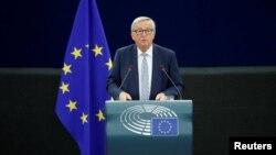 장클로드 융커 유럽연합(EU) 집행위원장이 13일 프랑스 스트라스부르에 있는 유럽의회에서 연례 시정연설을 하고 있다.