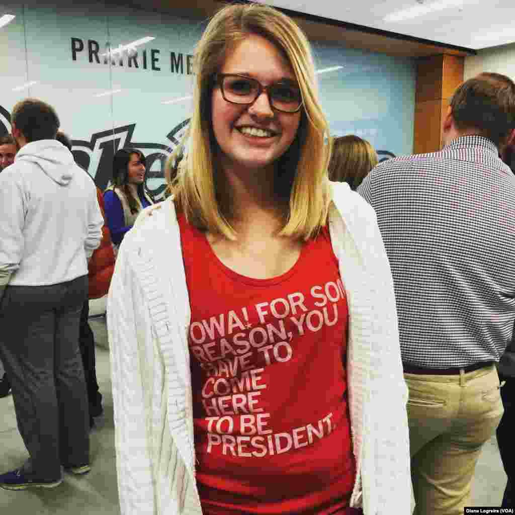 مگان از برنی سندرز، برای نامزدی در حزب دموکرات حمایت می کند.