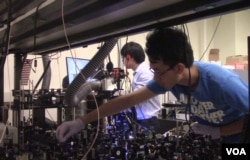 Ji-Xen Cheng's team has been shedding new light on cell biology using the advanced spectroscopic imaging tools developed in their lab. (E.Celeste)