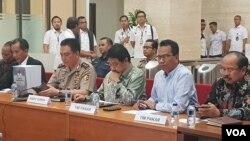 Tim Pencari Fakta kasus Novel Baswedan menjelaskan hasil kerjanya di Bareskrim Polri, Jakarta hari Rabu (17/7). (Terkini.com/Fathiyah)
