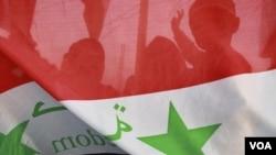 Human Rights Watch estima que miles de opositores han muerto desde que comenzaron los disturbios contra el gobierno de al-Assad hace ocho meses.