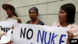 Anti-nuclear activists protest at the Vietnamese embassy in Bangkok, Thailand April 26, 2011. Vietnam plans to start the construction of a nuclear plant in 2014 in its Ninh Thuan province, near Thailand.