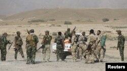 Milisi Syiah Irak yang ikut berperang melawan militan ISIS (foto: dok).