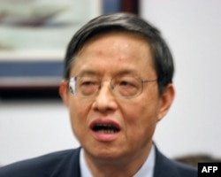 中国驻美大使周文重