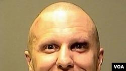 Jared Lee Loughner es acusado de disparar contra Giffords el pasado 8 de enero de 2011.