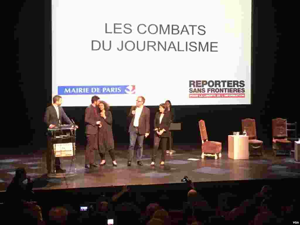 مراسم تقدیر از قهرمانان اطلاع رسانی با همکاری سازمان گزارشگران بدون مرز و شهرداری پاریس برگزار شد.