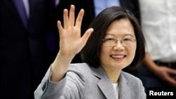ប្រធានាធិបតីតៃវ៉ាន់អ្នកស្រី Tsai Ing-wen ចូលរួមក្នុងពិធីចុះហត្ថាលេខាមួយសម្រាប់ការជ្រើសរើសបេក្ខជនប្រធានាធិបតីគណៈបក្សវិវឌ្ឍន៍ប្រជាធិបតេយ្យឆ្នាំ២០២០ កាលពីថ្ងៃទី២១ ខែមីនា ឆ្នាំ២០១៩។