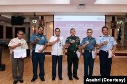 Direktur Utama PT Asuransi Sosial Angkatan Bersenajata Republik Indonesia (Asabri) (Persero) Sonny Widjaja (ketiga dari kiri). (Foto: Asabri)