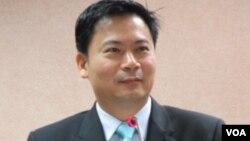 台湾执政国民党立委 吴育仁(美国之音张永泰拍摄)