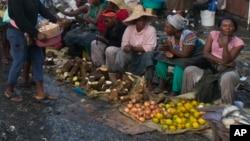 Vanotengesera mumigwagwa zviri kunze kwemutemo ava vanonzi havasi kubhadhara mitero kumakanzuru avo.