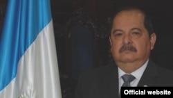 Alfredo Rabbé Tejada está implicado en un escándalo de contrataciones irregulares en el Congreso guatemalteco.