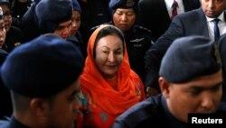 លោកស្រី Rosmah Mansor បានបង្ហាញខ្លួននៅតុលាការក្រុង Kuala Lumpurនៅថ្ងៃព្រហស្បតិ៍នេះ។