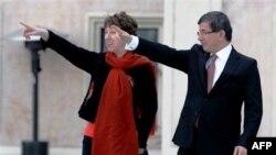 AB Komisyonu Dış Politika Yetkilisi Catherine Ashton ve Dışişleri Bakanı Ahmet Davutoğlu
