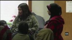 Громадський центр здоров'я - медична допомога для знедолених іммігрантів та бідних американців. Відео