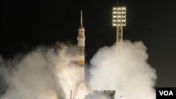 Rusia con sus cohetes Soyuz como el recién lanzado, es en este momento el único país capaz de enviar astronautas a la Estación Espacial Internacional.