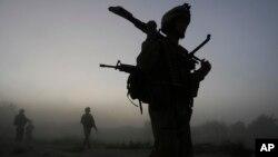 مقامهای افغان اعزام سربازان امریکایی را به هلمند یک امر معمول خوانده اند
