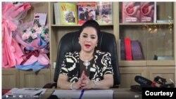 Bà Nguyễn Phương Hằng trong video ngày 25 tháng Năm. (Hình: Trích xuất từ video đăng bởi Trường Đua Đại Nam)