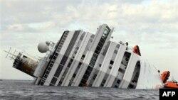 Itali, shqetësime për rrjedhje karburanti nga anija e përmbysur