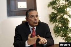 巴拿马的丰塞卡律师事务所的创始人之一拉蒙·冯塞卡
