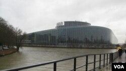 斯特拉斯堡的歐洲議會。(美國之音白樺攝)