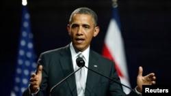 5月3日,奥巴马总统在哥斯达黎加圣何塞举行的记者会上讲话