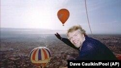 Річард Бренсон в повітряній кулі, Марракеш, 1996 рік