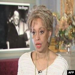 Mercedes Elington, unuka Djuka Elingtona je predsednica Centra za umetnost koji nosi njegovo ime