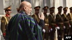 مقامات انتخاباتی افغانستان کرزی را برنده اعلام کردند