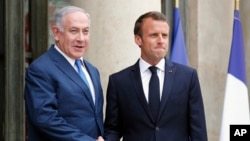 Izraelski premijer Benjamin Netanjahu i francuski predsednik Emanuel Makron