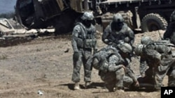 Les attaques de militaires afghans contre les forces de la coalition surviennent périodiquement en Afghanistan