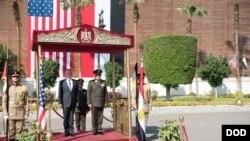 پاکستان ته د تگ وړاندې جم مېټس د مصر دوره وکړه