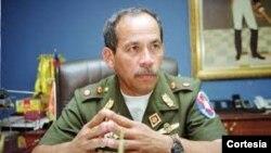 Víctor Cruz Weffer, ex comandante del ejército de Venezuela, fue detenido por presuntos hechos de corrupción.