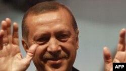 Türkiyənin baş naziri İraqa səfər edir
