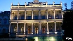 伊核谈判正在奥地利首都维也纳的一家酒店里紧张进行 (2015年7月6日)