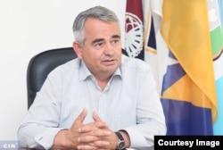 Načelnik Općine Trnovo Ibro Berilo je na dvije savjetničke pozicije zaposlio troje ljudi. Dvoje su postali državni službenici, a treći v.d. direktora novoosnovanog općinskog preduzeća. (Foto: CIN)