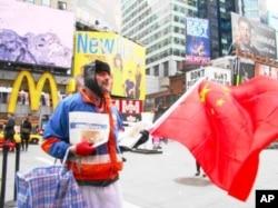 約瑟夫希爾大聲表達不同意西藏人的觀點