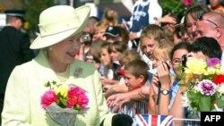 Britanska kraljica Elizabeta II slavi 60. godišnjicu na prestolu
