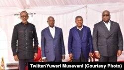 (De g. à d.) Les présidents Paul Kagame (Rwanda), Yoweri Museveni (Ouganda), João Lourenço (Angola) et Félix Tshisekedi (RDC) à Katuna, à la frontière rwando-ougandaise,le 21 févirier 2020. (Twitter/Y. Museveni)