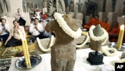 On June 17, 2010, the United States returned seven sculptures from the great Angkorian era that had been smuggled out of Cambodia.