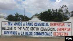 Rádio Despertar, Angola