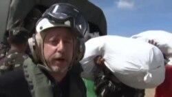 VOA现场直击:空运救援菲律宾灾区