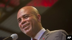 Haiti's presidential candidate Michel Martelly gives a news conference in Port-au-Prince, Haiti, April 5, 2011