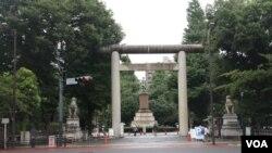 每年8月15日位於東京九段下的靖國神社就成為聚焦日本內政外交的場所(美國之音歌籃拍攝)