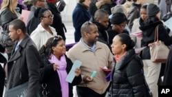2013年3月14日紐約市舉辦健保醫務人員招聘會,大批求職人員參與.