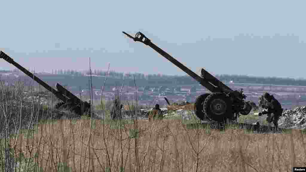Ukrayna ordusu Debaltsevo yaxınlığında