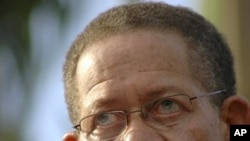 Jamaican Prime Minister Bruce Golding (file photo)