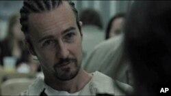 Edward Norton kao Stone u istoimenom filmu Johna Currana