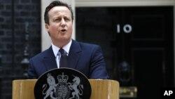 Thật là một thắng lợi sửng sốt cho ông Cameron và đảng Bảo thủ của ông, khi đảng trở thành đảng cầm quyền đầu tiên ở Anh từ nhiều thập niên giành được thêm ghế tại Quốc Hội trong một cuộc bầu cử.