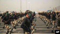 رژه نیروهای امنیتی و ارتش عربستان سعودی - آرشیو